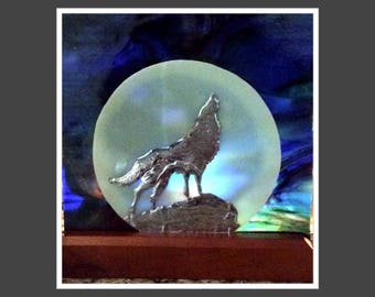Stained Glass Wolf Howling Nite Light