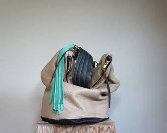SAMPLE///Slouchy Hobo Bucket Bag in Beige and Black Leather with Clip on Purse Strap