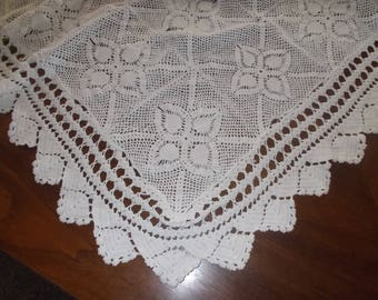 Vintage crocheted white tablecloth Petite pineapples