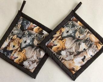 Wolves Potholders, Wolves Holders, Wolf Potholders, Wolf Holders, Wolf Theme Kitchen, Wolves Hot Mat, Wolves Hot Pad