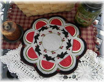 CROWS PICNIC Candle Mat Kit, Penny Rug Kit, Wool Felt Kit, Prim Wool Felt Kit, Merino Wool Candle Mat Kit, Prim Crows Candle Mat Kit