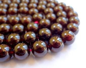 "10mm Natural Garnet Round Semi Precious Gemstone Beads - Half Strand (7.5"")"