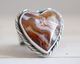 Chalcedony heart ring. Sterling silver ring with natural Chalcedony heart. Chalcedony heart, stone heart, Desert Rose Chalcedony, heart ring