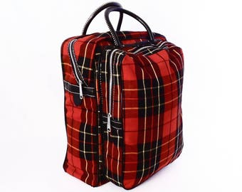 60's vintage RED PLAID canvas tote // carry on luggage // picnic bag // overnight bag // mid century retro