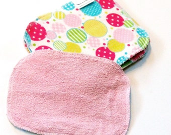 "5"" by 8"" inch Serged Cloth Wipes/Washcloths - Flannel/Baby Terry- set of 5 with terrycloth backs - Bubbles"