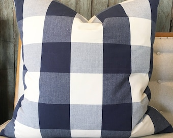 Beautiful designer quality Navy & Cream buffalo check!! Farmhouse / cabin/ modern