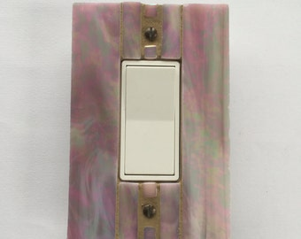 Iridescent Mauve Switchplate, Pink Light Switch Cover, Single Decora, Wall Plate, Dimmer Switch, Wall Outlet Cover, Switch Plate, 8502