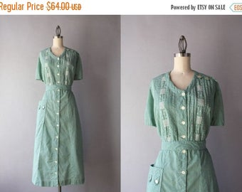 STOREWIDE SALE 1950s Dress / Vintage 50s Green Checked Dress / 50s Cross Stitched Gingham Cotton Dress with Pockets extra large xl
