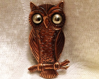 Vintage Owl Brooch Made of Copper with Bright Silver Eyes. Beautiful Texture. It is 1 3/4 Inches Tall.  Collectible Copper Owl Brooch. (D5)