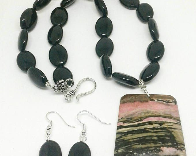 Celia Item # 201725, Hand made jewelry, Handcrafted Black onyx, necklace and earring set with jasper pendant