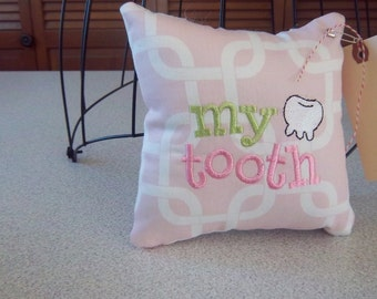 1041  Pink and White Tooth Fairy Pillow