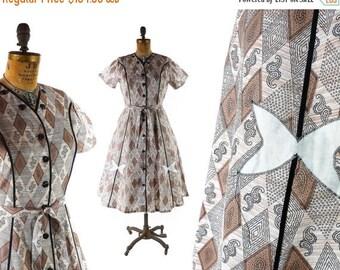 40% OFF SALE Vintage 50s Dress // 1950s Dress // Cotton Dress // NOS Dress // Brown Dress // Harlequin Dress // Diamond Dress - z L - 32-33