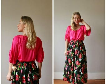 SPRING SALE Deadstock, 1970s Fuschia Slouch Top >>> Size Medium to Extra Large (Plus Size)