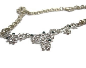 Fairytale Green Flowered Necklace