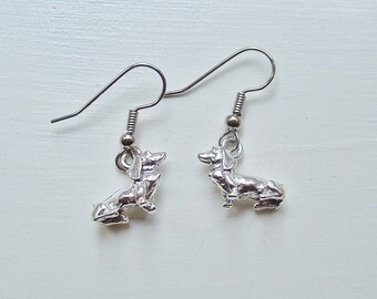 Dachshund Charm Earrings silver pewter dog doxie lead-free made in USA