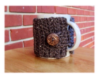 crochet mug cozy cup cozy in barley brown with cocnut wood button