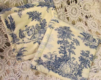 Pair  Potholders Blue and White Toile Fabric  2 Cotton Pot Holders / Trivets