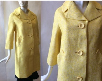 MOVING 4 GRADSCHOOL SALE Early 1960's lemon chiffon pie yellow boucle coat, oversize round notched buttons, notched collar & 3/4 sleeves, md