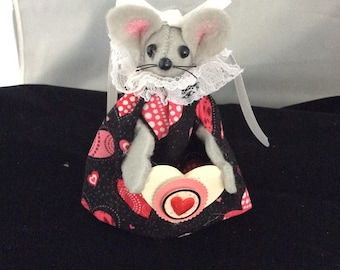 Valentine Mouse. NEW LOWER PRICE