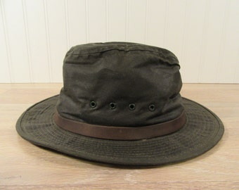 Nice LL Bean waxed cotton rimmed hat- size M- fine condition, ready to wear, clean