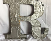 "1890's Reclaimed  Tin Ceiling Wrapped 16"" Letter ""R"" Patchwork Silver Metal Mosaic Wall Hanging 44-17i"