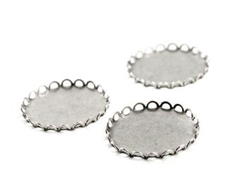 27mm Round Cameo Settings - 3 Pieces - Oxidized Silver Plated Brass with Scalloped Edges