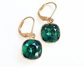 Emerald green crystal dangle earrings - Swarovski earrings - emerald earrings - square stone earrings - green and gold earrings