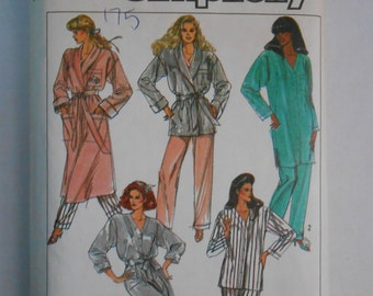 Vintage 80s Robe and Pajamas Pattern Simplicity 8874 Size 14 16 Bust 36 38