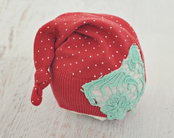 3 to 6 month sleepy stocking hat // baby photo prop // baby photography // tail hat // long hat // polka dot // coral //girl // RTS