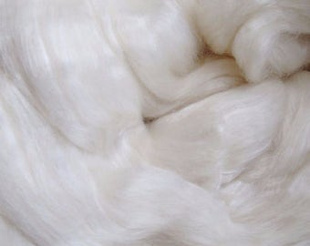 BFL/Bombyx 60/40 Combed Top - 5oz - Undyed