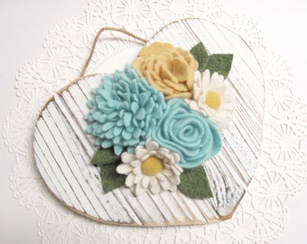 Distressed Wood Heart Valentines Day Wreath with Spring Flowers Valentine Flower Wreath for Spring Rustic Wedding Decor Wedding Hanger 56