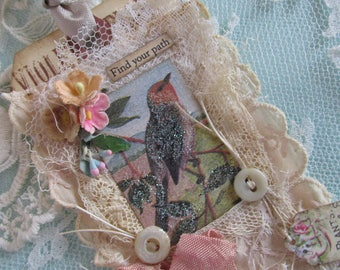 Bird Gift Tag, Vintage Bird Tag, Lace Tag, Shabby Tag with Vintage Bird