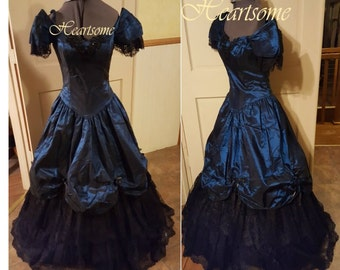 Victorian belle civil war gown style in 80's Angelo dress Teal blue Black lace