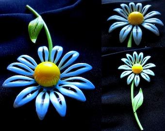 Vintage 60s Light Blue Daisy Pin Brooch