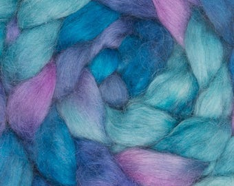 Hand painted Wensleydale, Hand dyed roving, hand painted top, roving, spin, British wool, Spindle, La Caleta