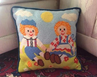 Vintage Raggedy Ann and Andy petit point pillow, child's room pillow, play room pillow, Raggedy Ann pillow, Raggedy Andy pillow, childhood
