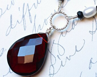 """Red Quartz Necklace with Garnet on Sterling Silver - """"Midnight"""" by CircesHouse on Etsy"""