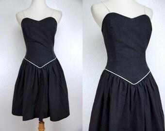 1990s Black Sun Dress Mini Sleeveless Fit and Flare Sweetheart Small Summer