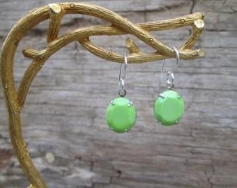 Spring Green Stone Silver  Drop Earrings, Apple Lime Mint