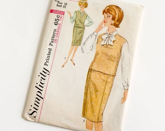 Vintage 1960s Womens Size 10 Skirt Blouse and Pullover Simplicity Sewing Pattern 5200 Factory Folds / bust 31 waist 24