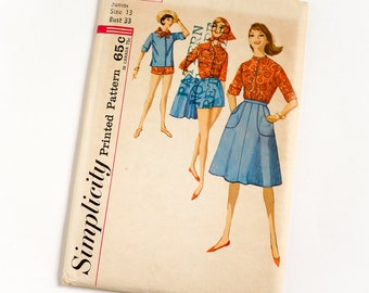 Vintage 1960s Womens Junior Size 13 Casual Shirt Scarf Shorts Wrap Around Skirt Simplicity Sewing Pattern 4899 FACTORY Folds / b33 w25.5