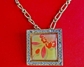 "Vintage gold tone 24"" necklace w  AVON signed 1.25"" floral cameo pendant/brooch  in great condition, appears unworn"