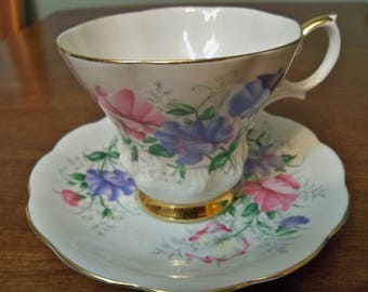 royal albert friendship series sweet pea  tea cup and saucer