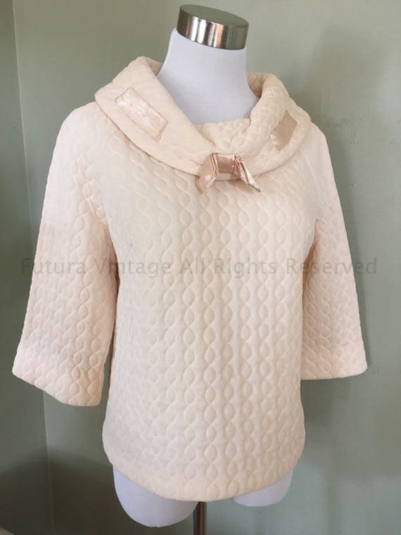 1960s RHAPSODY BY GLAZIER Light Peach Color Quilted Pull Over Nylon Bed Top-M L