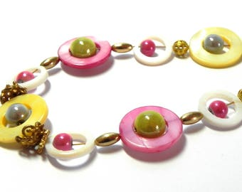Necklace - Mother pearl ring beads - Yellow, pink, white and green miracle beads