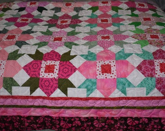 Beautiful Handmade Pink Pressed Flower Quilt