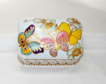 Butterfly Box Hand Painted Porcelain Casket Box Vanity Keepsake Trinket Box