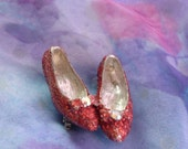 Ruby Slippers, Wizard of Oz, Vintage Jewelry, Ruby Slippers Jewelry by mystic2awesome