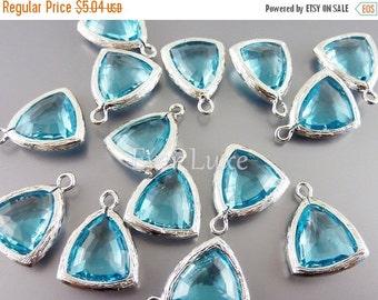 15% SALE 2 aqua blue triangle shape glass charms for jewelry making / glass beads earrings necklaces 5076R-AQ (bright silver, aqua blue, 2 p