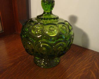 L E Smith Moon And Star Green glass Covered Compote